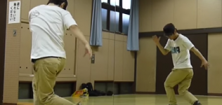 【ブレイクダンス】インディアンステップ(ツイスト)-やり方・コツ・練習法の動画講座-