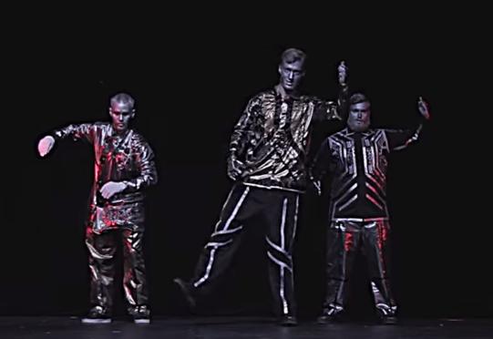 《400万再生!》本場のロボットダンス!Robotboysによる驚愕すぎるパフォーマンス!!
